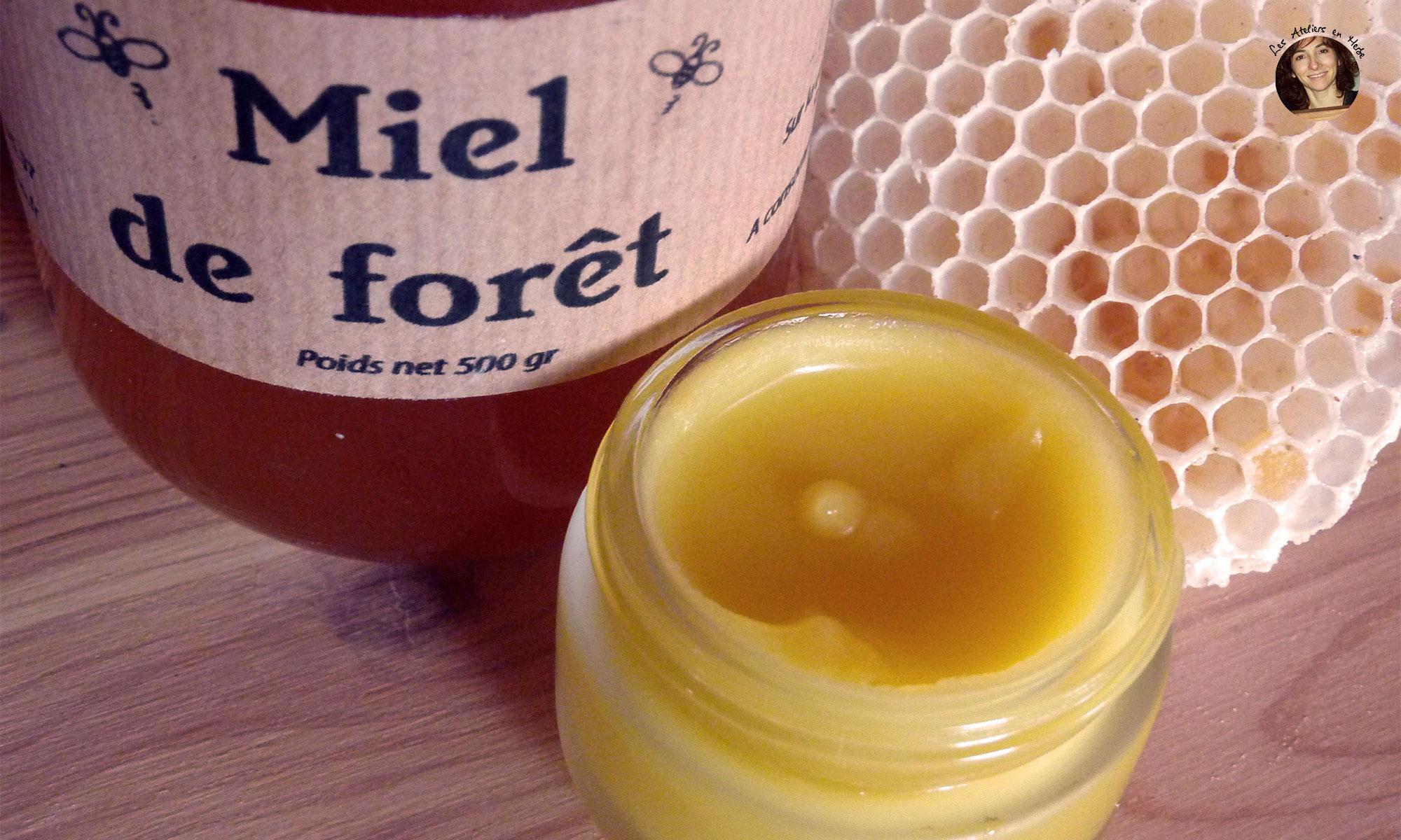 Recette baume au miel - Les Ateliers en Herbe.