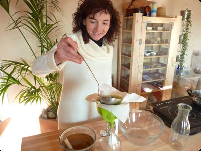 Fabrication de produits entretien bio : Les Ateliers en Herbe