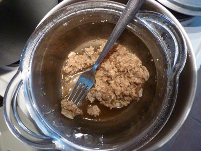 Cire fondue pour baume consoude : les Ateliers en Herbe
