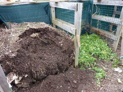 Compostage de certains déchets du jardin : Les Ateliers en Herbe