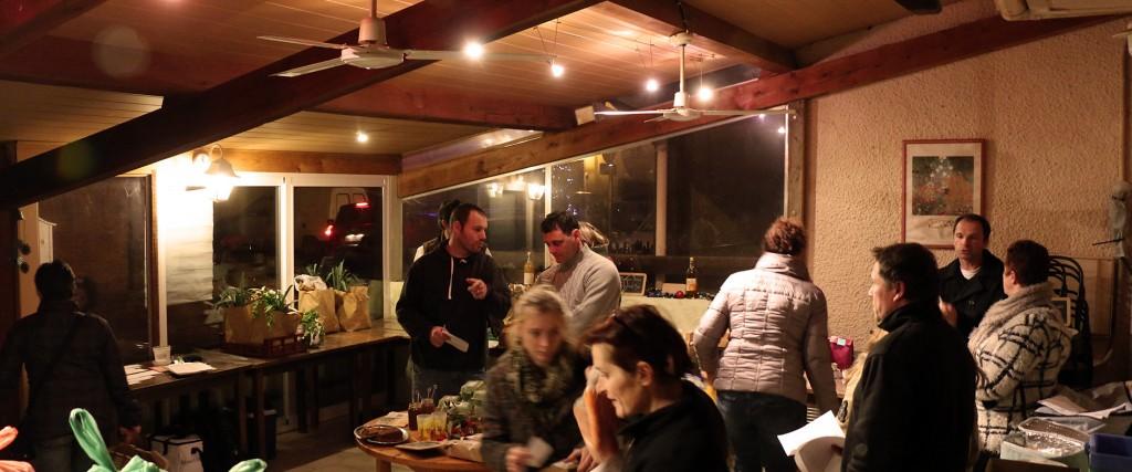 Distribution de légumes de saison à la Ruche de Lavalette.