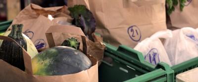 Réduction des déchets à la source et changement des habitudes des membres.