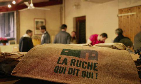 Marché de producteurs du jeudi - Oasis ressource de Baugnac.